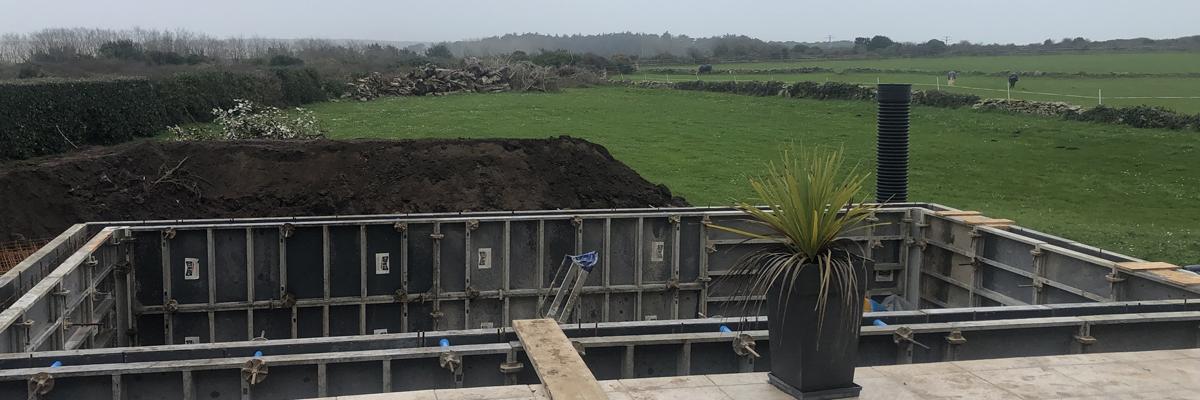 Piscine béton Morbihan par un professionnel de la construction