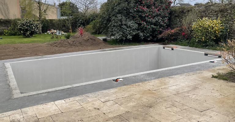 caracteristiques-piscine-beton