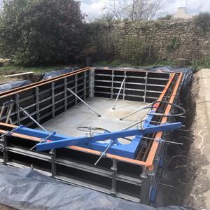 construction-piscine-beton