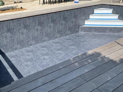 escalier-piscine-4marches-beton